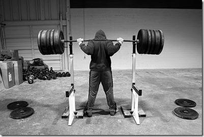 http://crossfitwf.files.wordpress.com/2011/01/hammer-back-squat2_thumb4.jpg?w=401&h=269